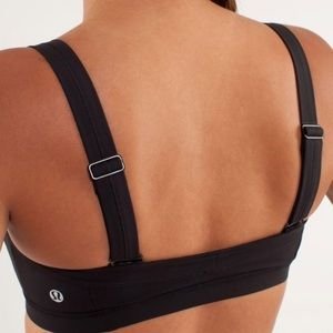 Lululemon Run: Engage Multi-Way Bra in Black